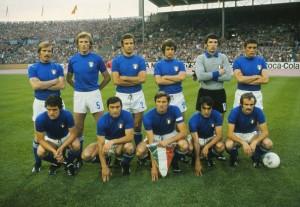 La nazionale italiana in campo contro l'Argentina - fonte storiedicalcio.it